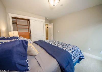 Guest Bedroom (3 of 4)