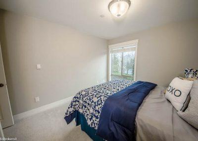 Guest Bedroom (4 of 4)